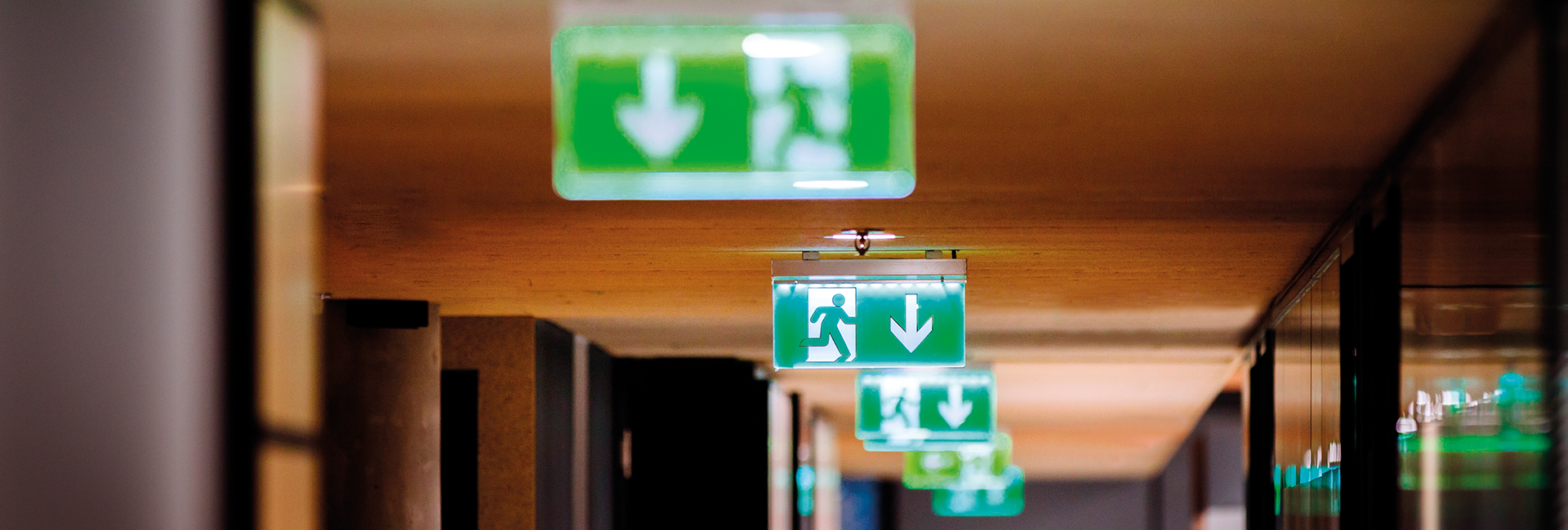 Show products in category Self Test Vs Manual Test Emergency Lighting